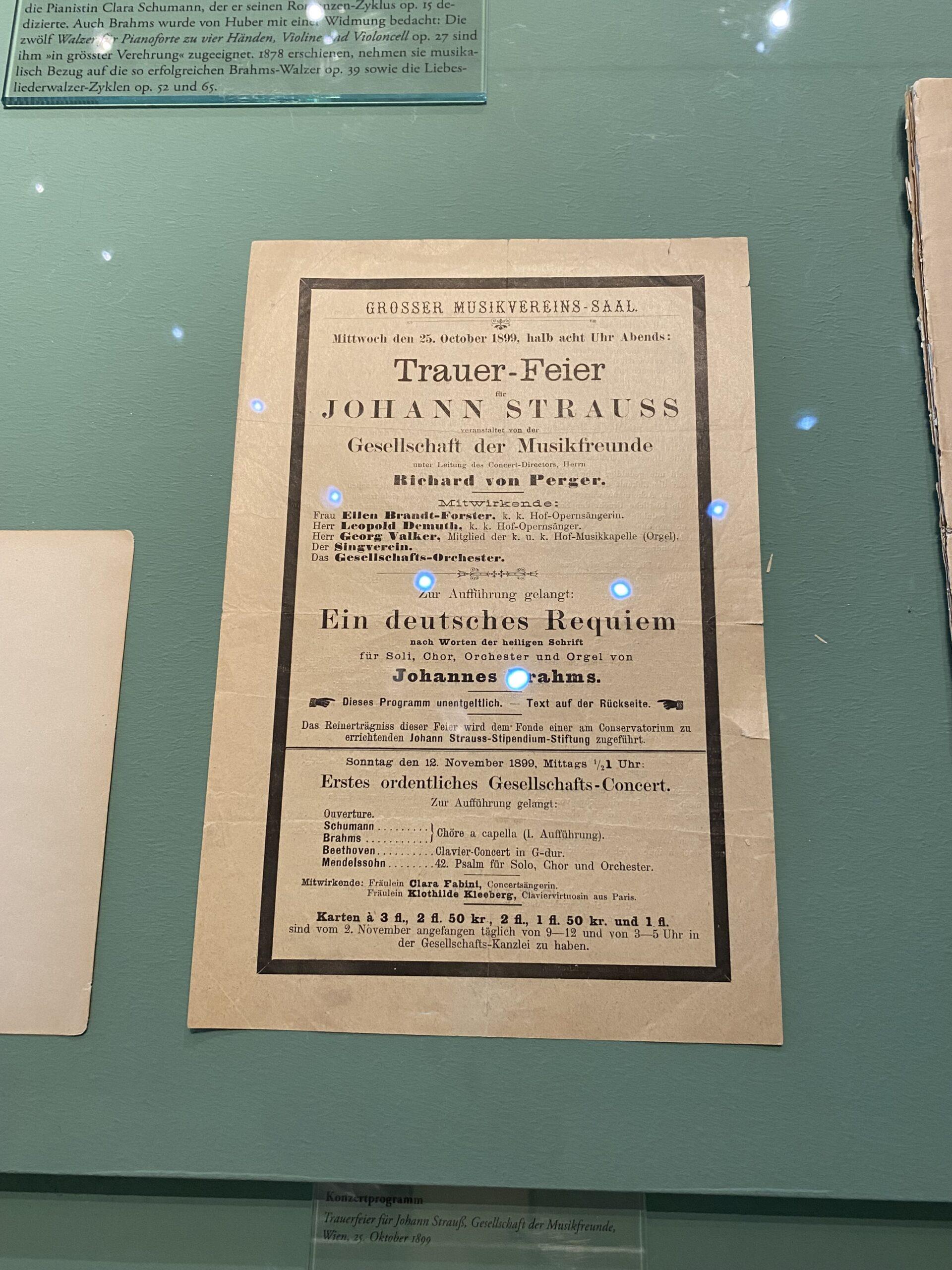 Brahms Trauerfeier Strauss scaled